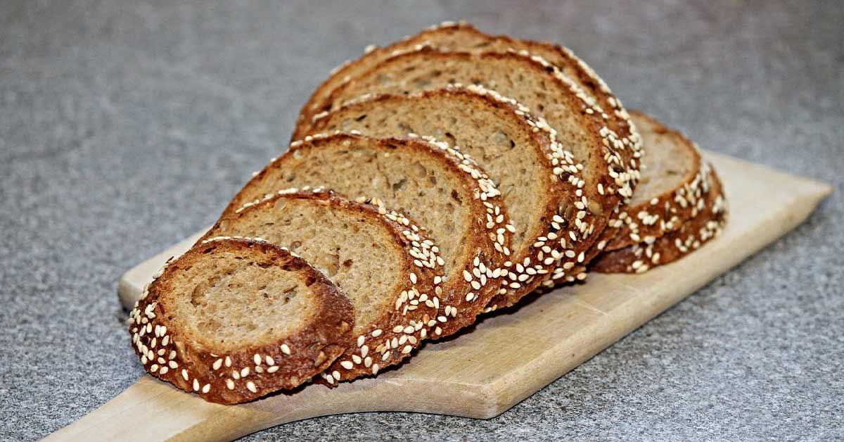 نان و غلات غنی شده حاوی ویتامین B1