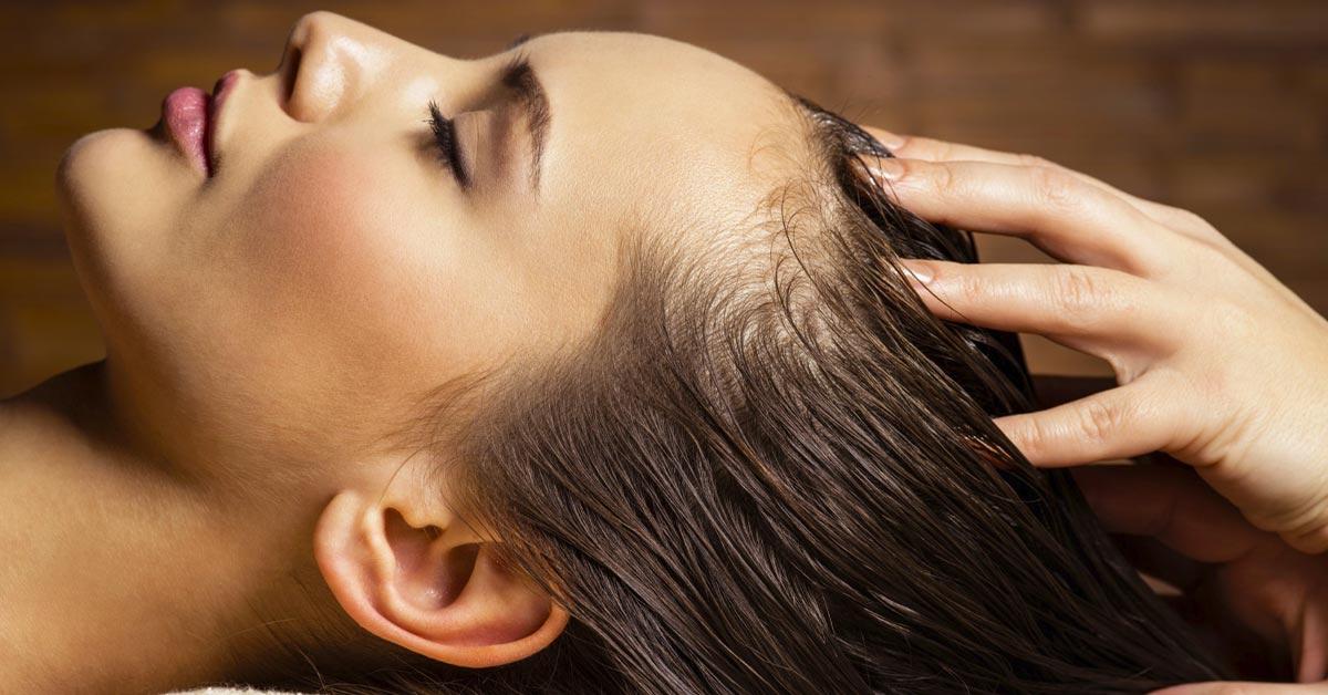 ماساژ مو برای تقویت رشد مو در طب سنتی