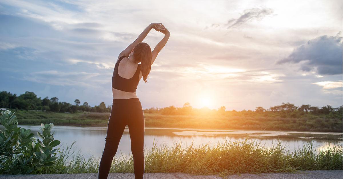 تحرک کافی را با ورزش و پیادهروی جهت حفظ سلامتی به بدن خود هدیه دهید