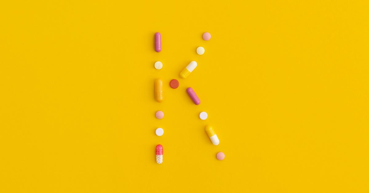 نقش ویتامین K2 در قرص مگنیفورت